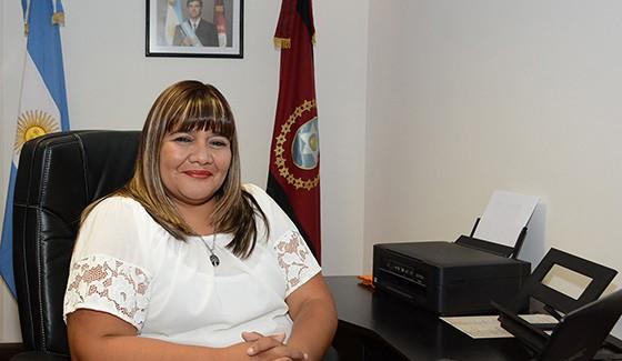 ministra de asuntos indigenas